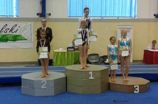 II Międzynarodowy Turniej Pod Wawelem  w Akrobatyce Sportowej, Skokach na Ścieżce i Trampolinie 17.05.2014 Kraków