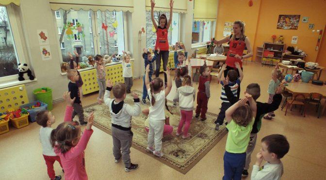 Siatkarki w przedszkolu